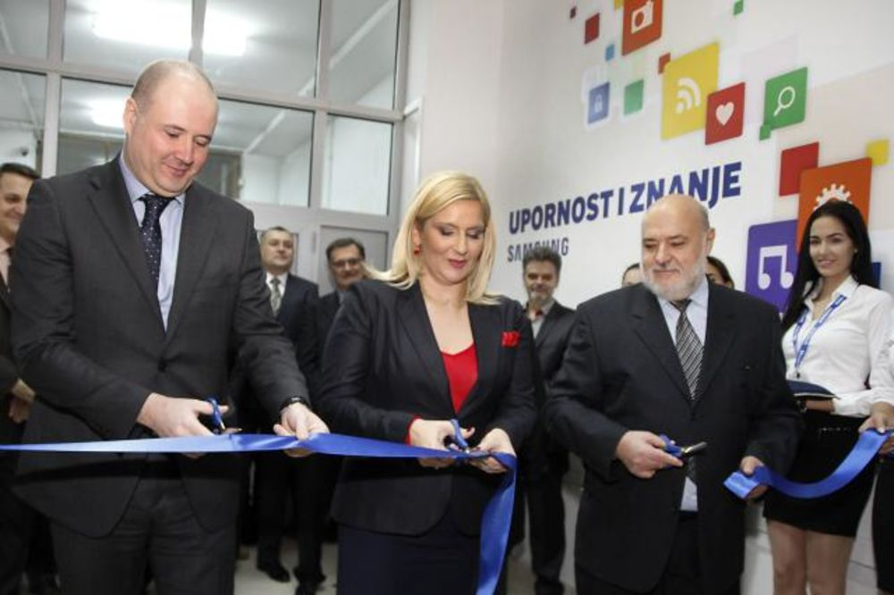MIHAJLOVIĆEVA U NS: Otvorena Laboratorija znanja na Tehničkom fakultetu