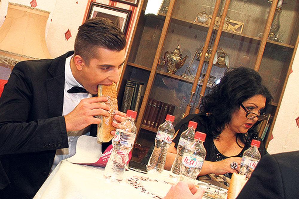 GLADNI: Zvezde Granda navalile na sendviče