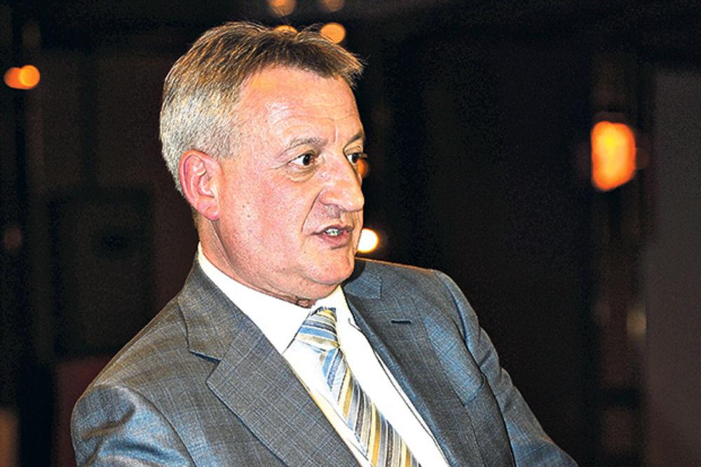 TAJKUN PROFITIRAO OD POPLAVA Bogićeviću 4 puta više za Jalovište nego Obrenovcu! Čast od 2 miliona €