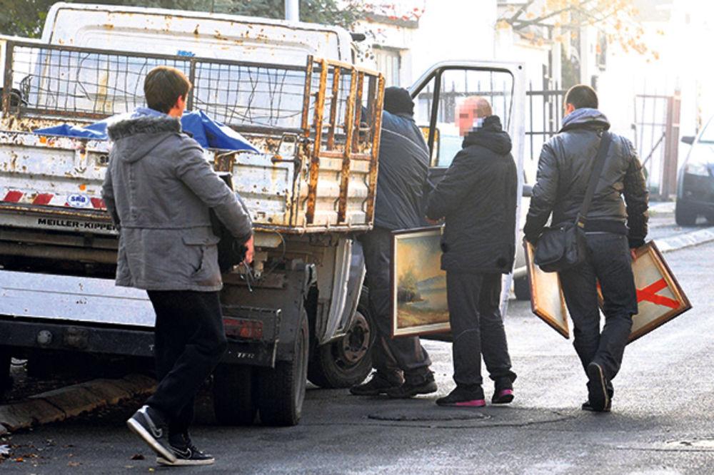 PRIVILEGOVANI: Izvršitelji zarađuju i do 300.000 evra!
