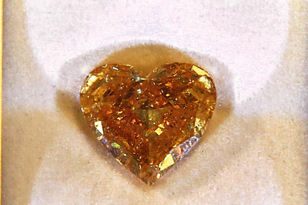 ATRAKCIJA: U Beogradu dijamant od 500.000 evra!