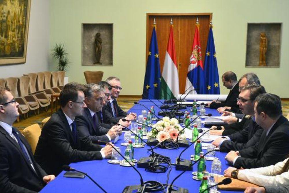 SAMIT U BEOGRADU: Vučić predložio formiranje tima za brze pruge