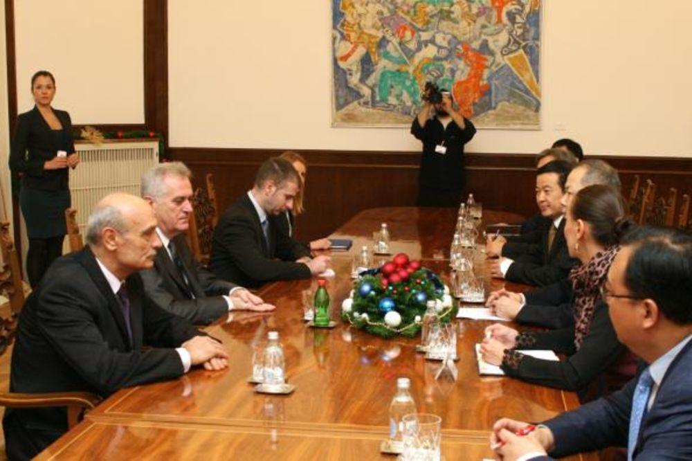 Nikolić: Spremni smo na saradnju s Kinom na bazi koncesija