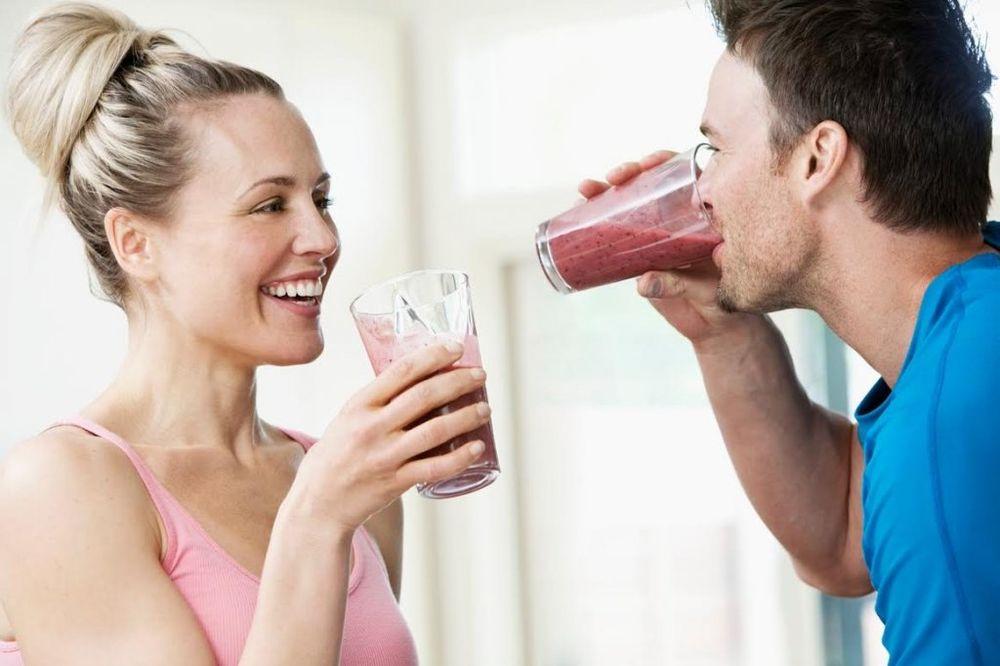 Recept za sok koji baca na kolena sve sezonske bolesti!