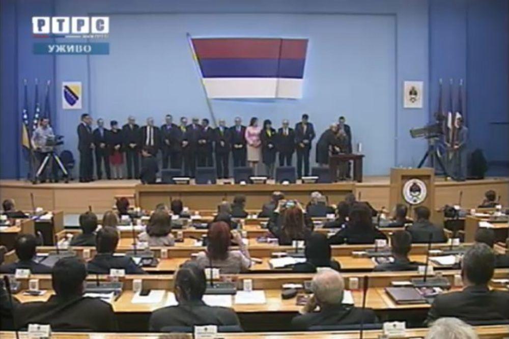 (VIDEO) CVIJANOVIĆEVA OPET PREMIJER: Izabrana nova vlada Republike Srpske, prva u BiH