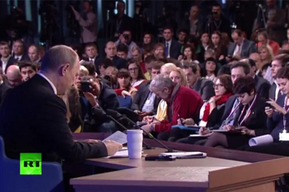 (VIDEO) VLADIMIR PUTIN ZALJUBLJEN: Voljen sam i volim, ne brinite za moj privatni život!