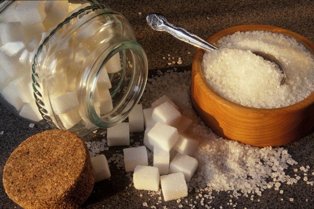 DA LI ZNATE ŠTA VAM SLATKO RADI ORGANIZMU: Evo kad je šećer opasan za vaše zdravlje