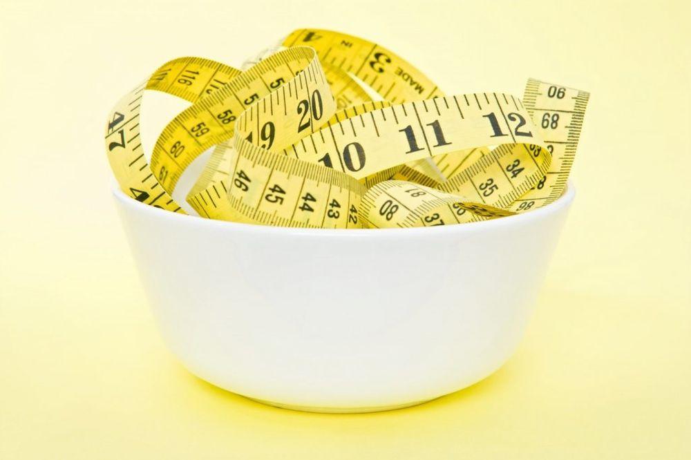 JEFTINO I KORISNO: Kako da izgubite tri kilograma dok obavljate kućne poslove