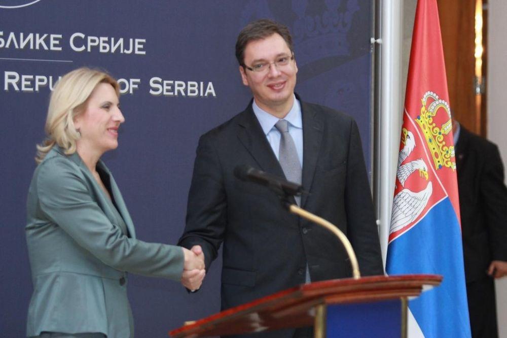 POVODOM IZBORA ZA PREMIJERA: Aleksandar Vučić čestitao Željki Cvijanović