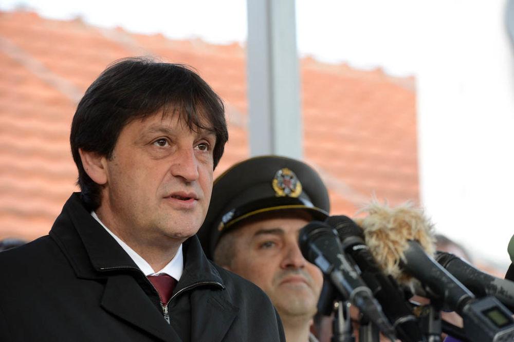 GAŠIĆ: Razumem one koji žele da Vojska Srbija bude civilna zaštita!