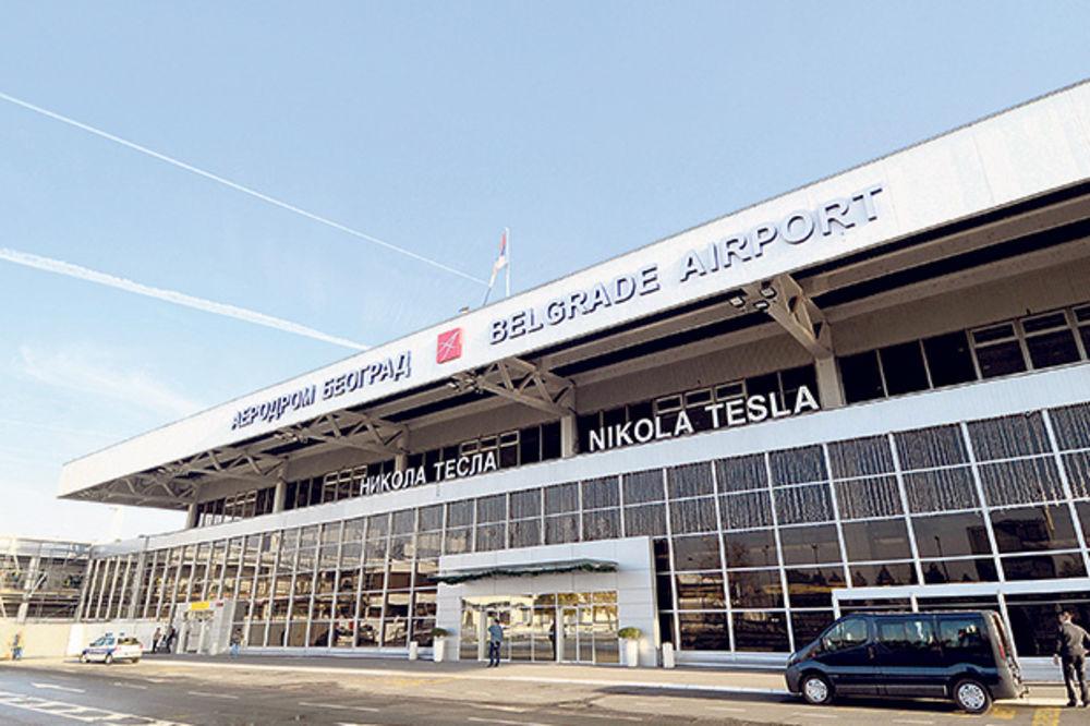 SPASEN IZ JEMENA: Muhedin Gegić sa četvoro dece doputovao u Beograd