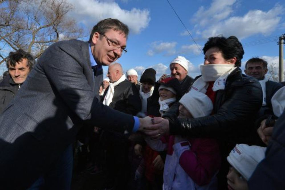 VUČIĆ U MIONICI: Lider SNS posetio domaćinstvo Miljka Petrovića