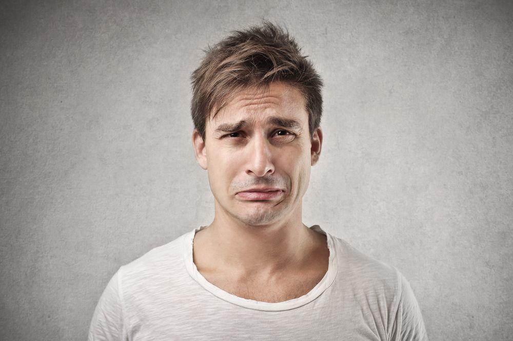 (VIDEO) Pogledajte šta sve muškarcu može da izmami suze