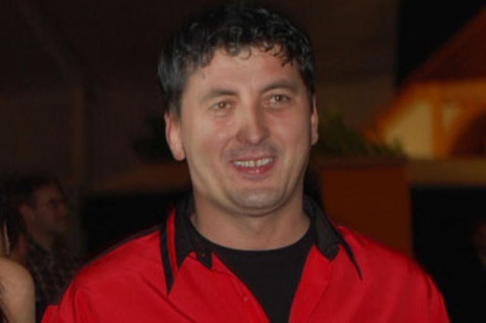 Opljačkan kafić Tutinca Mensura Suljovića, vodećeg austrijskog igrača pikada!