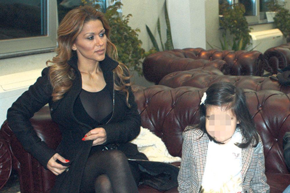 OPET SVAĐA: Mina Kostić (39) zabranila Igoru (35) da vodi ćerku kod svoje majke!