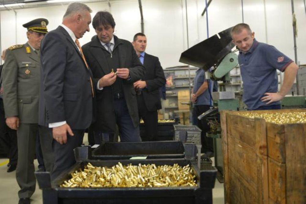 Gašić: Država razmatra ulaganje 70 miliona evra u fabrike odbrambene industrije