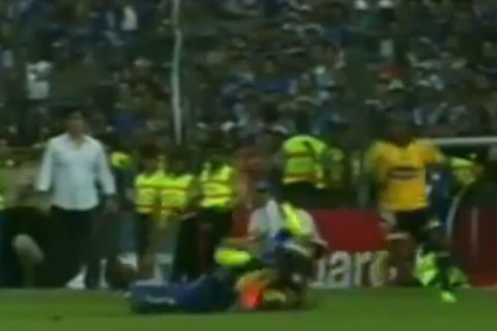 (VIDEO) SVE ZA TITULU: Aleks Bolanjos divljački uklizao i povredio rođenog brata