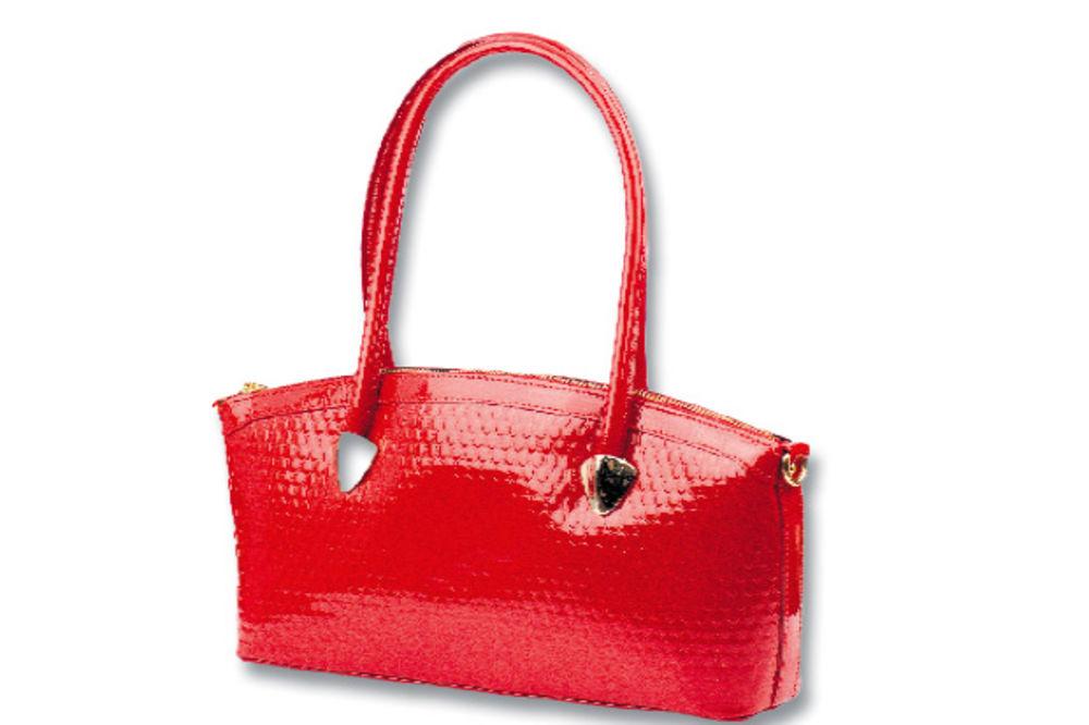 BAHATOST: Kožne ženske torbe, krigle, manikir i svakojake bizarnosti dele kao reklamni materijal!