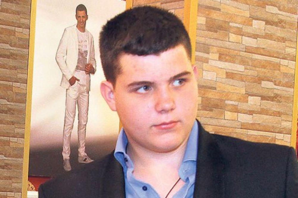 (FOTO) OPASNA MAMA: Ovu fotku svog sina Viktora je Brena morala da prokomentariše!