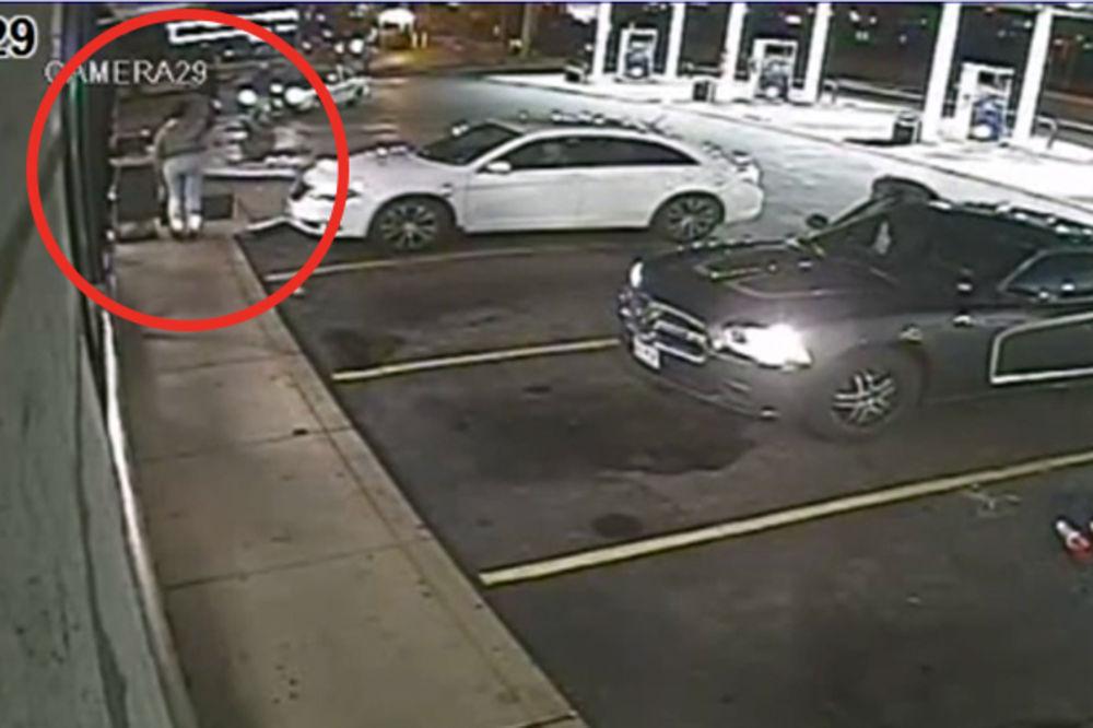 UZAVRELO: Policija objavila snimak ubistva crnog tinejdžera u Sent Luisu! (VIDEO)