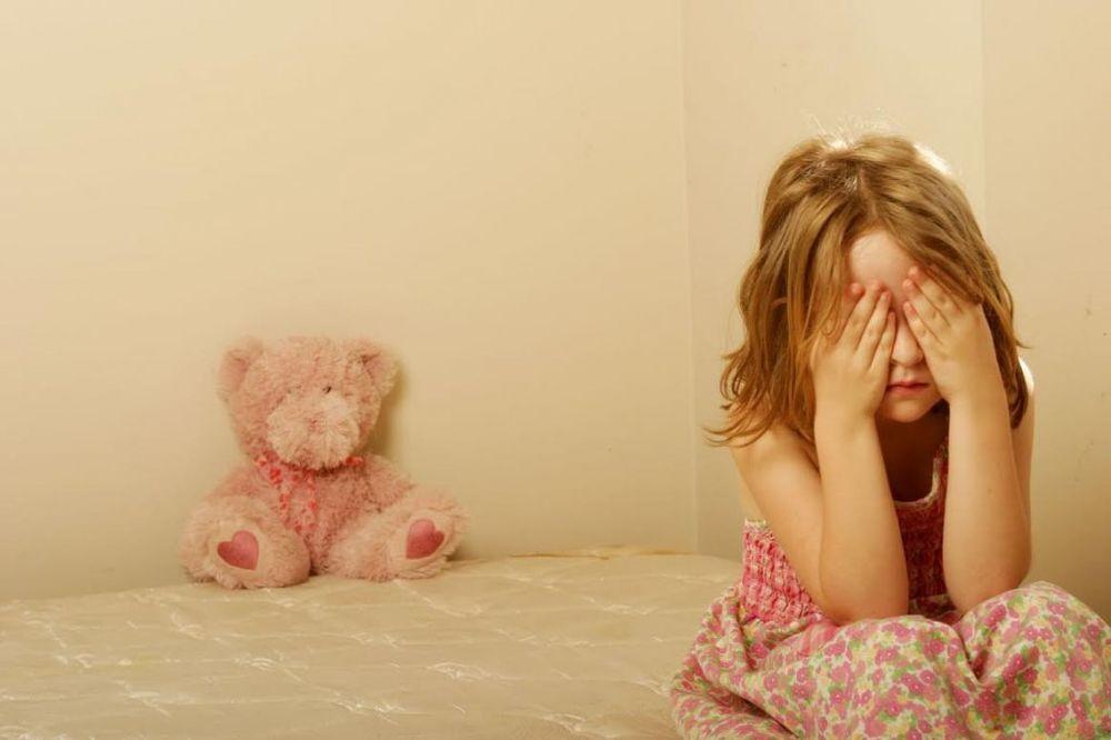 OČAJNI OTAC: Oduzeli su mi tri ćerke dok sam bio u nadnici