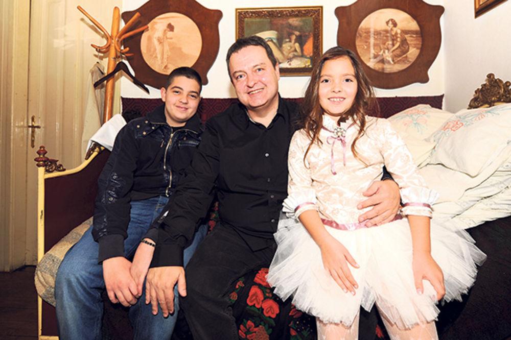 IVICA DAČIĆ ZA KURIR: Bili smo sirotinja, kao dete nisam dobijao poklone