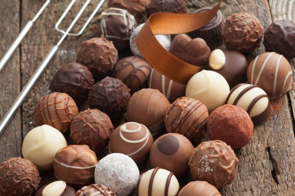 ISKEŠIRAO 5.000 EVRA: Vlasnik lanca restorana u Paraliji kupio sve jagodinske kolače!