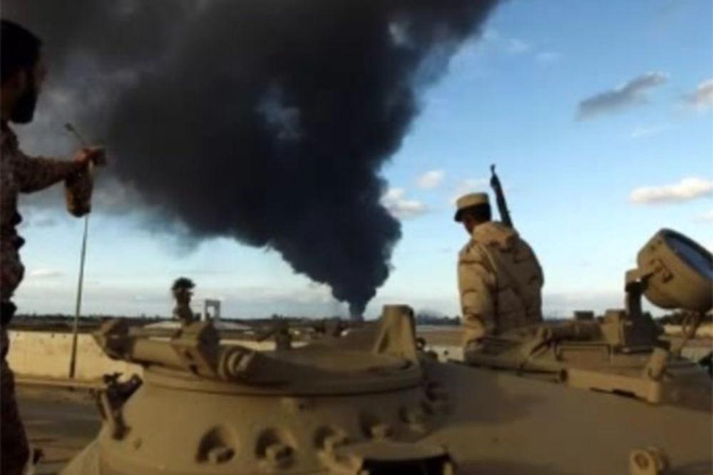 DVA MRTVA I DVA RANJENA: Libija priznala da joj je grčki tanker bio sumnjiv, pa ga je bombardovala