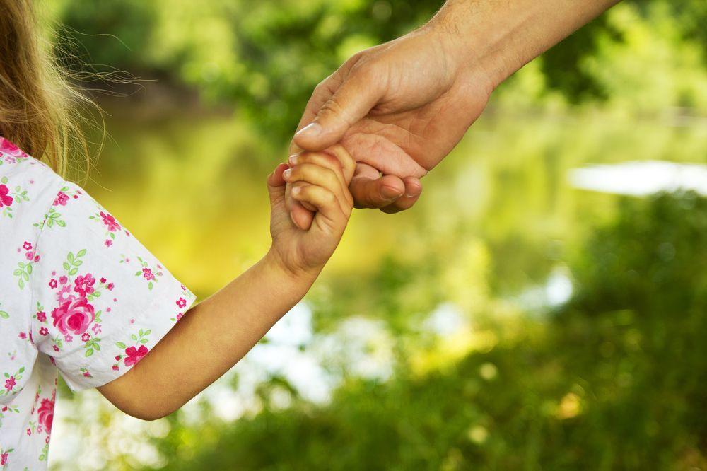 LEPA VEST ZA RODITELJE: U subotu isplata dečijeg i roditeljskog dodatka