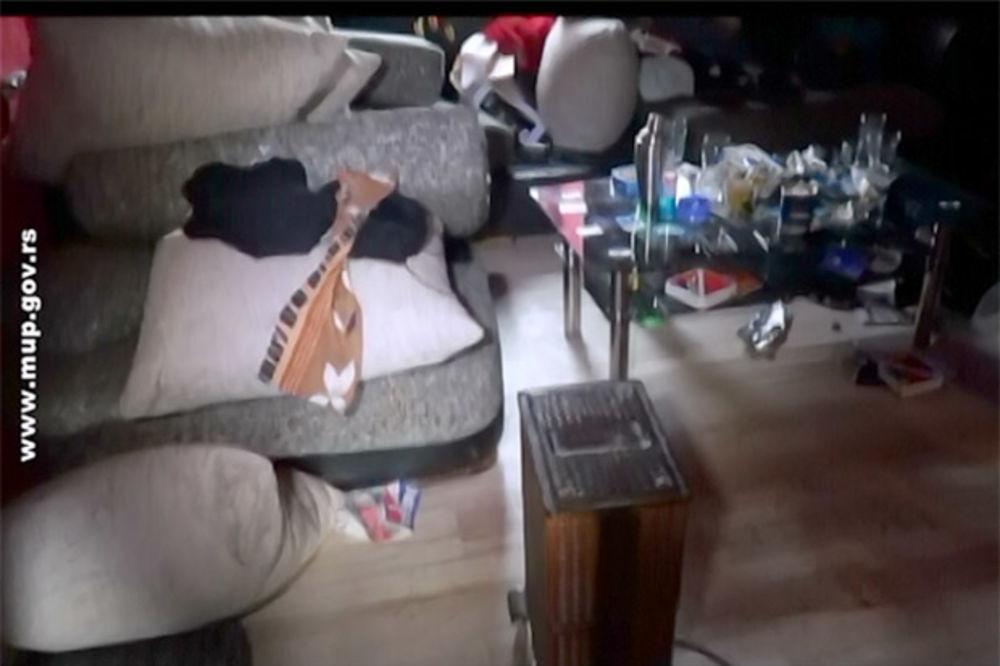 (VIDEO) PRETRESLI MU KUĆU: Zemunac uhapšen zbog narkotika i oružja