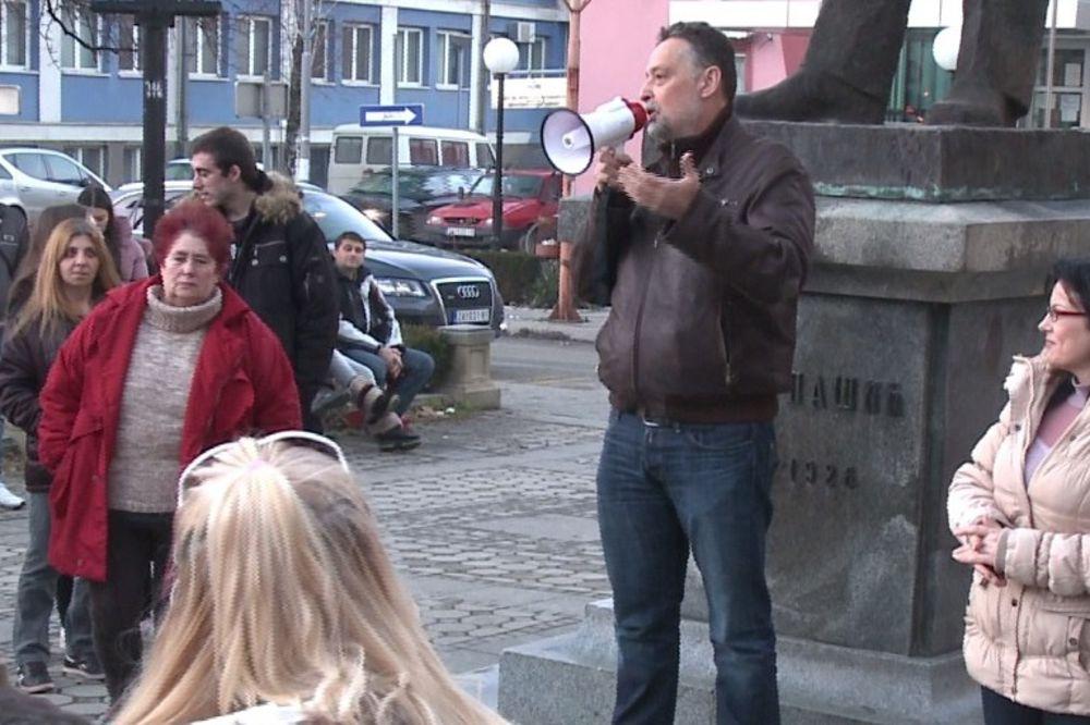 (VIDEO) OBRAZ KAO ĐON: Boško Ničić protestovao protiv svojih najboljih saradnika!