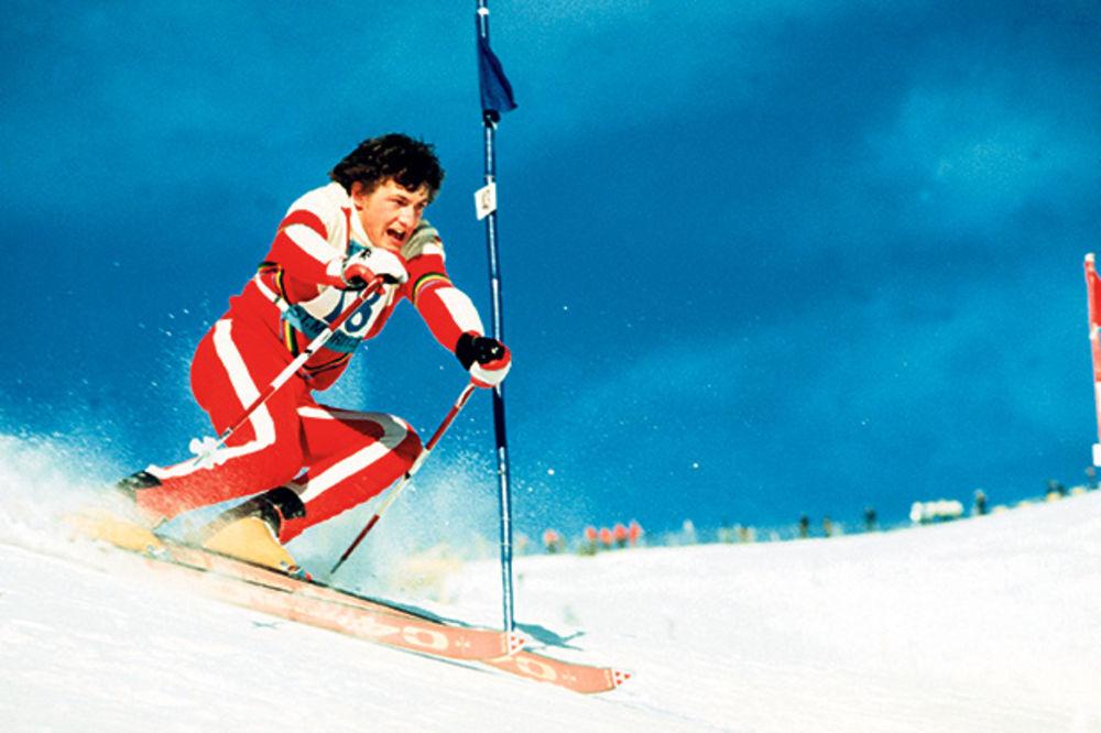 PAPRENO ZIMOVANJE: Sa skijanja u Francuskoj vratio se teško povređen i opelješen