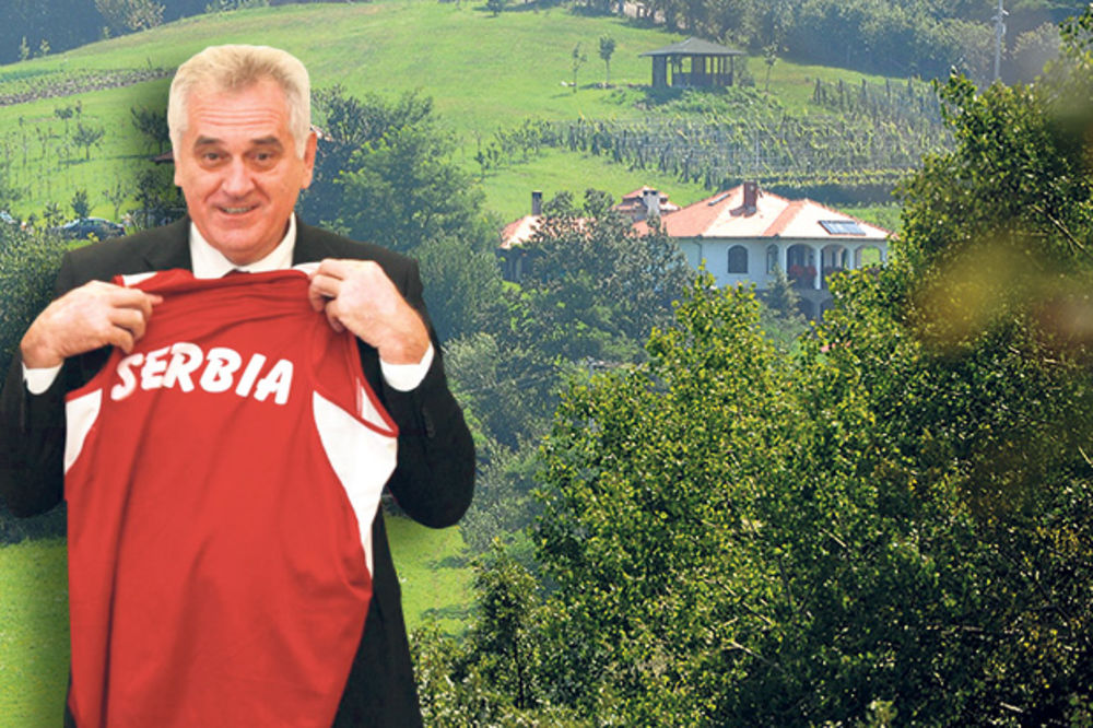 KOMPLEKS: Tomislav Nikolić misli da je važniji od Obame i Putina!