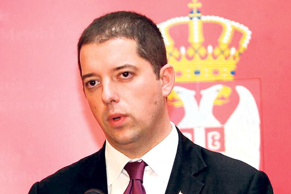 Đurić: Očekujem da neredi u Prištini budu albanski izgovor u Briselu