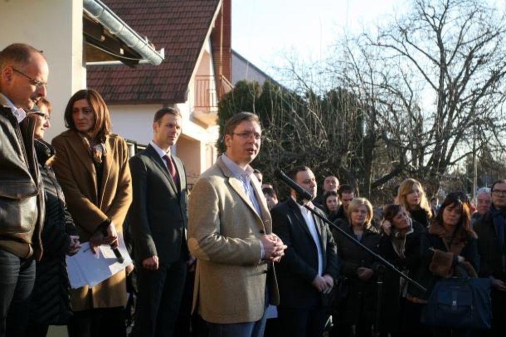 Vučić: Esmark podiže BPD i zapošljava ljude
