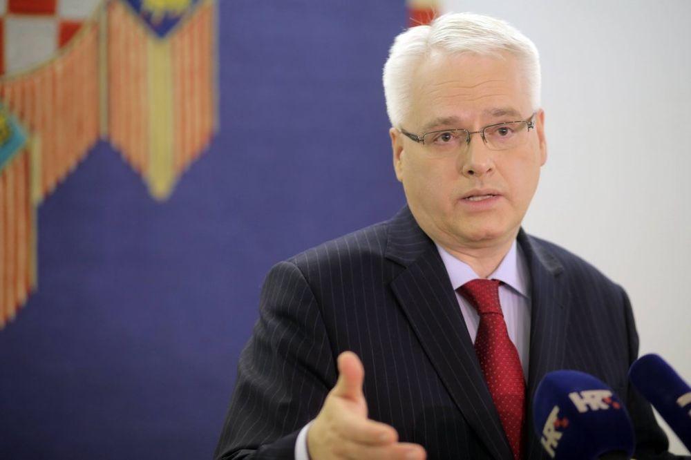 JOSIPOVIĆ POBRKAO LONČIĆE: Bivši hrvatski predsednik izjednačio Stepinca i Dražu Mihailovića?!