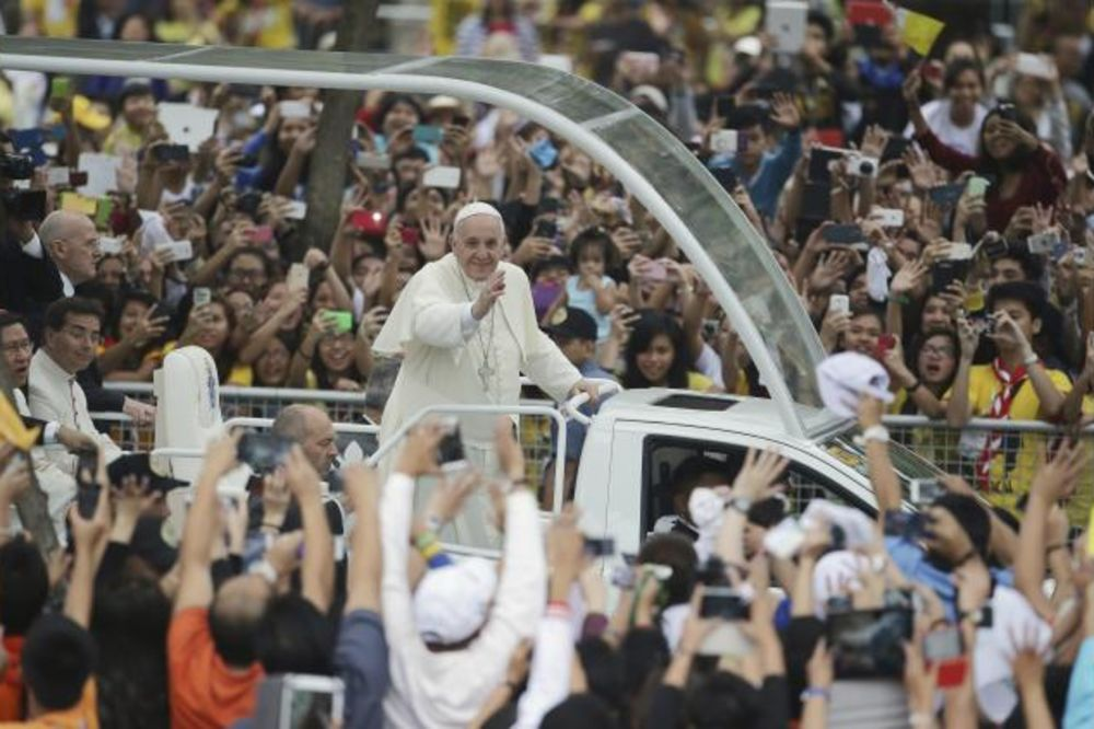 MANILA: Papa služio misu pred 6 miliona vernika