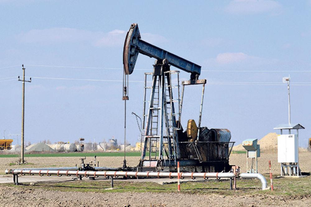 EKSPLOATACIJA: Rusi plaćaju sve manje, a ispumpavaju više nafte