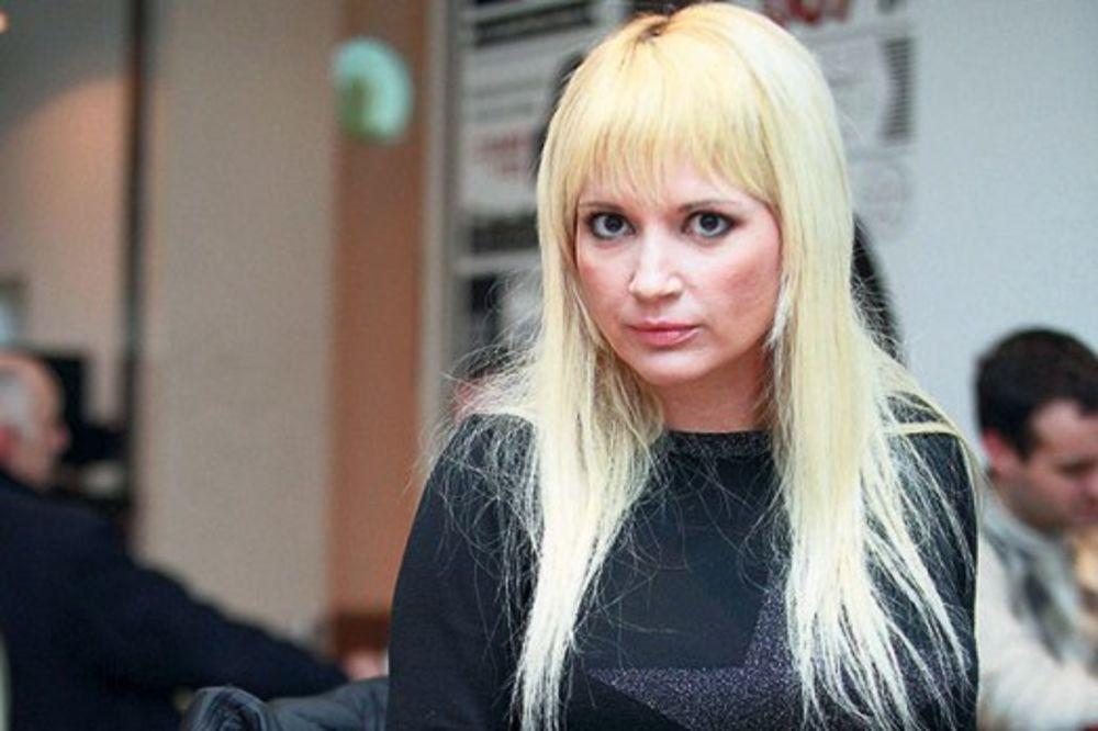 Zbog vređanja gejeva Maja Nikolić će odgovarati pred sudom!