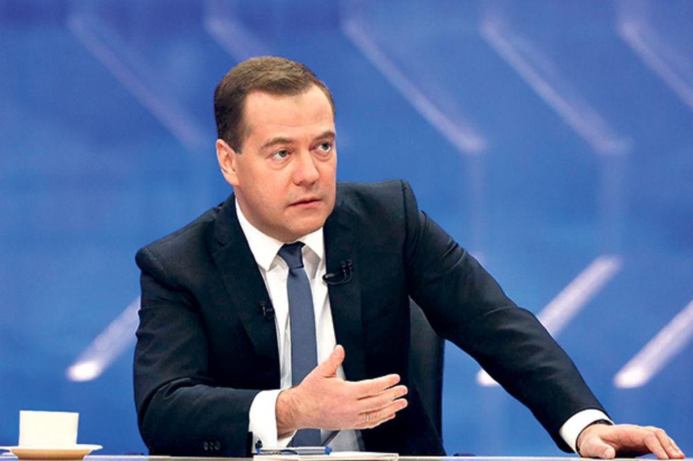 MEDVEDEV UPOZORIO KIJEV: Rusija će biti oštra ako ne platite dugove