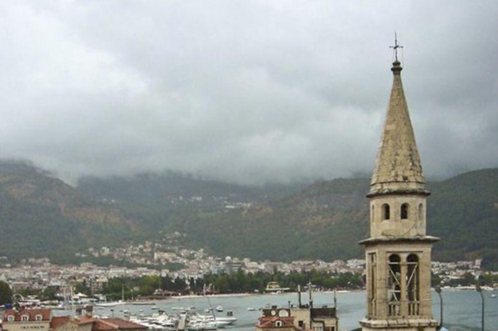 SAOBRAĆAJNI KOLAPS: Kilometarske kolone u Budvi zbog miniranja brda