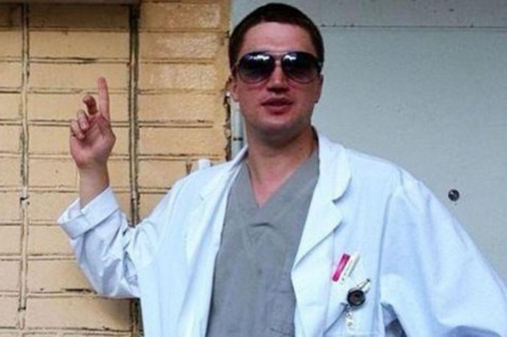 (VIDEO) OVO JE NAJVEĆI HEROJ NA SVETU: Ruski hirurg skočio sa 7. sprata i spasao sina!