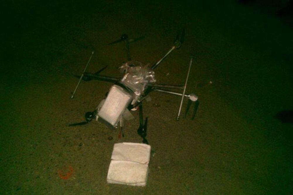 TIHUANA: Dron sa drogom srušio se na parking!