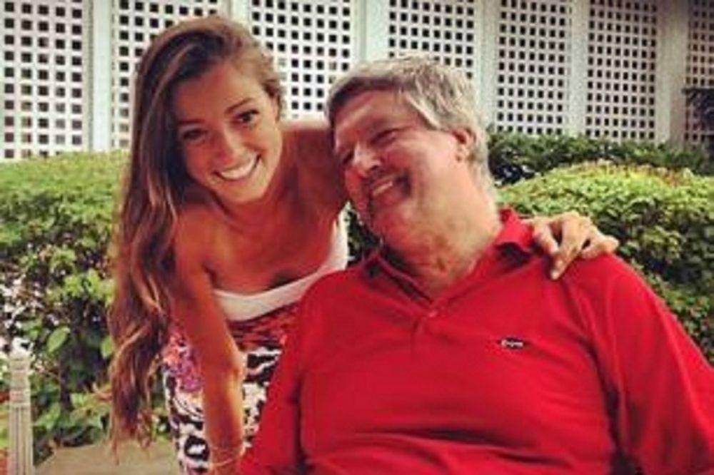NIJE IZDRŽALA NA OVOM SVETU: Devojka (19) ostavila oproštajnu poruku porodici