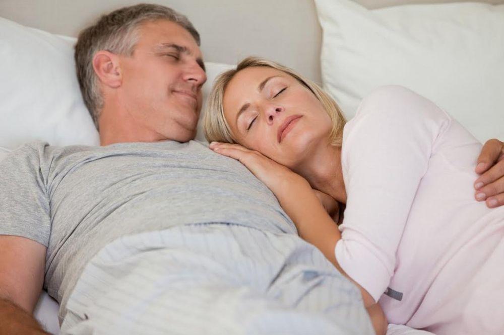 MUŠKA PSIHOLOGIJA: 6 stvari koje muškarac potajno voli kod žene svog života