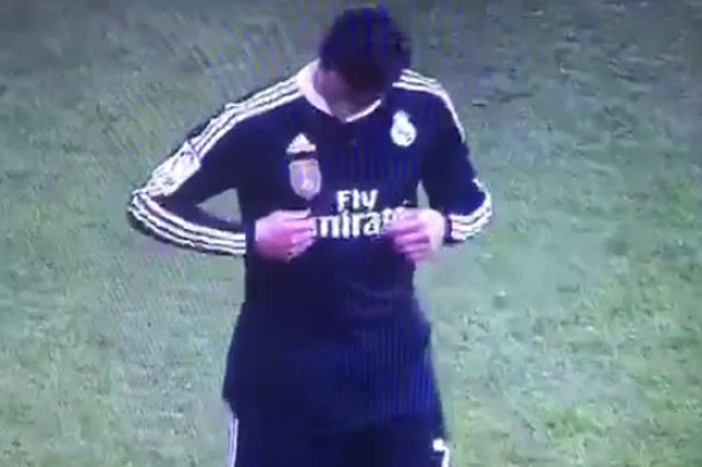 (VIDEO) ŠOKIRAO SVET: Pogledajte kako je Ronaldo provocirao navijače Kordobe