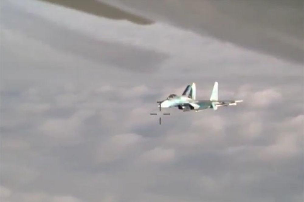 (VIDEO) POTERA NA BALTIKU: Evo kako ruski lovac ispraća tuđe izviđačke avione