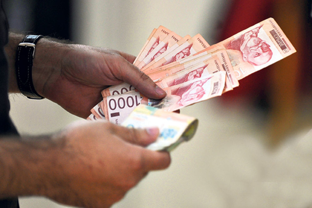 Falsifikovanih dinara 50 odsto manje u opticaju