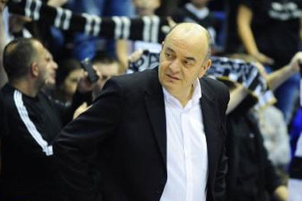 VUJOŠEVIĆ O NAVIJAČIMA: Ozbiljni ljudi žele da po kiši podrže Partizan, koji je u teškoj situaciji