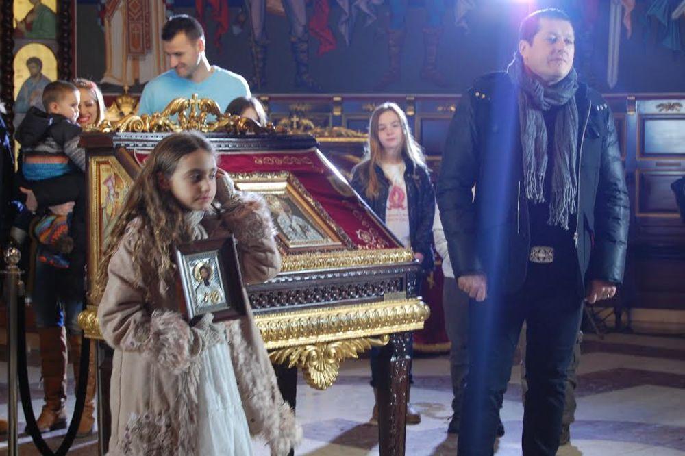 (FOTO, VIDEO) Aco Pejović sa ćerkom Ivom snimio pesmu i spot za Stupove!
